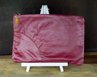 Vintage Clutch, Cranberry Clutch Purse, Burgundy Small Handbag, Maroon Vegan Pleather Purse, Faux Leather Hang Bag, Zip Pouch, Travel Bag