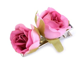 Fuchsia pink fabric roses on crab clamp