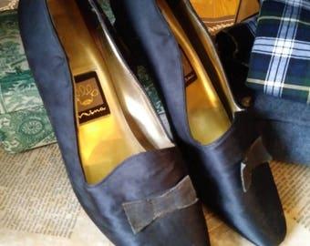 Vintage black satin shoes by Nina
