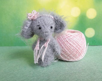 2 inches miniature Elephant, Blythe friend artist teddy bears miniature teddy bear Blythe friend toy crochet teddy bear ooak teddy bear