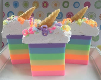 Unicorn Soap - Unicorn Gift - Unicorn Birthday - Glycerin Soap - Gift Soap - Unicorn Soap Favor - Rainbow Soap - Girls Birthday