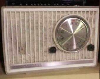Vintage Motorola Radio Beige Console Electric