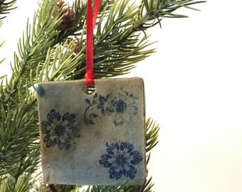 square flower ornament