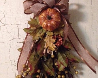 FALL WREATH ALTERNATIVE , Fall Door Decor Swag , Thanksgiving Decor Door Swag ,Fall Interior Wall Decor,Fall Wreath ,Rustic Fall Season Swag