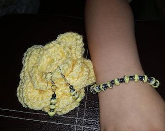 handmade paper bead bracelet and earrings