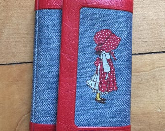 Vintage 1970s Holly Hobbie Vinyl Key Wallet!