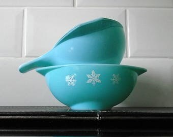 Duck Egg Blue & Turquoise Pyrex Gravy Boat/ Sauce Jugs Pair of