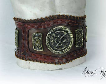 Tribal leather belt with metal parts. Viking belt. Leather belt. Medieval belt. Barbarian Belt. Costume party.