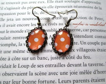 Earrings cabochon orange polka dot