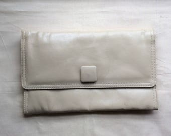 "Vintage 70s cream clutch bag,Jane Shilton ""Japelle"", Man made materials."