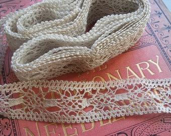 4+ yds vintage lace trim