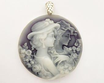 Camée de bijoux vintage