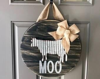 Cow Door Hanger, Corrugated Metal Decor, Wood Door Wreath, Round Door Hanger, Rustic Door Decor, Farmhouse Decor, Front Door Sign