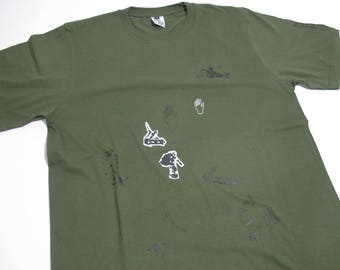 APA | Hands Forest Green - Nice Skateboarding and Drawing Graphics T-shirt