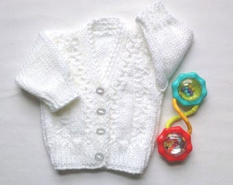 Newborn size - Baby jacket - White baby sweater - Knitted baby clothes - Baby shower gift