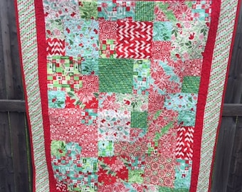 Christmas quilt, handmade, Kate Spain Jingle fabric collection
