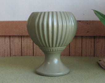 Green McCoy Floraline #407 Planter Vintage Planters and Pots Mid Century Decor Succulent Planter or Indoor Plants Flower Vase