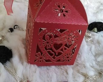 5 bright red gift boxes.