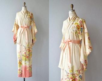 SOLD SOLD SOLD - The Matcha tea kimono - 1950s vintage kimono