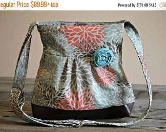 CHRISTMAS SALE Conceal Carry Purse, Medium Messenger Bag, Blue and Coral Flowers, Conceal Carry Handbag, Concealed Carry Purse, Conceal and