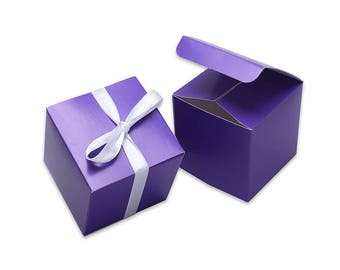 """Pack of 10 """"Ultra Violet"""" Pantone Colour of the Year 2018 Wedding Favour Cupcake Boxes7cm Cube"""
