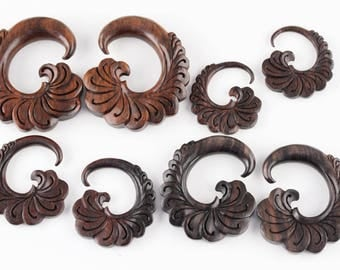 Gentle Wind Wooden Hangers - Carved Plug Hangers - D043