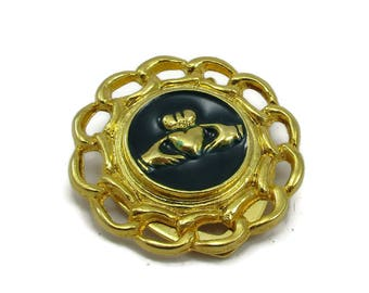 Green Enamel Gold Tone Scarf Clip Claddaugh Irish Designer Scarf Holder Shawl Pin Sweater Vintage Costume Jewelry Accessories