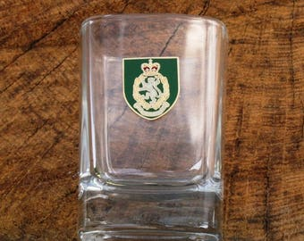 WRAC Shield Pair Of Shot Glasses Crystal Women's Royal Army Corps Gift ME52
