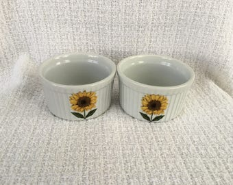 Bia Cordon Bleu Ramekins, Sunflower Pattern, Yellow Sunflower Design, Custard Dishes, Bakeware, Individual Dishes, Ramekins, Set of 2