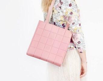 Pink bag Pink shoulder bag Vegan bag Quilted leather bag Dusty pink Shoulder bag Light pink bag Faux leather bag Blush bag Vegan shoulder