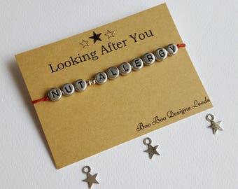 Nut Allergy bracelet - Health awareness -  Nut Allergy awareness -  Health alert - Medical Bracelet - Friendship bracelet - Bracelet