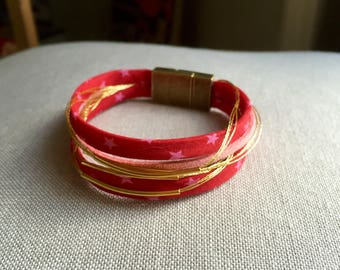 Liberty magnetic Cuff Bracelet, suede and gold tubes