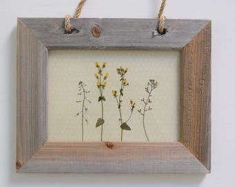 Wild flower Picture in Rustic Driftwood Frame