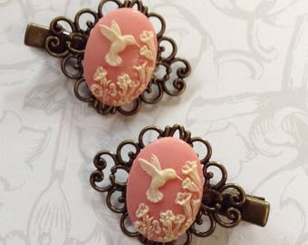 Pink And Off White Hummingbird Alligator Hair Clips