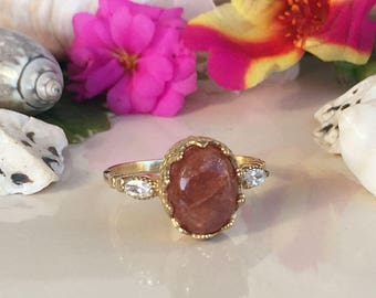 20% off- SALE!! Sunstone Ring -  Gold Ring - Statement Ring - Dainty Ring - Oval Ring - Bezel Ring - Gemstone Ring - Sunstone Jewelry