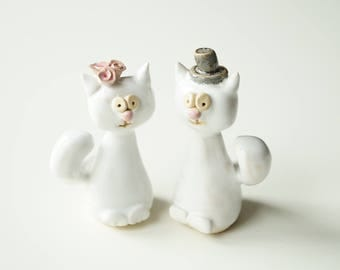 White Cat Cake Topper, Wedding Cake Topper, Cat Cake Topper, Wedding Cake Decor, Cat Couple, Handpainted Cake Topper, Ceramics and Pottery