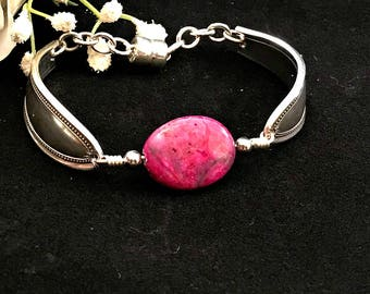 Pink Agate Gemstone Bracelet, Spoon Bracelet , Birthstone For Gemini, Healing Bracelet, Colorful Bracelet Boho Bracelet, Best Friend Gift