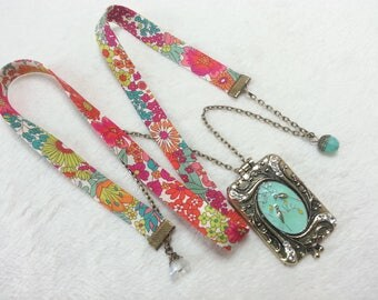 Multicolored necklace Liberty book of secrets