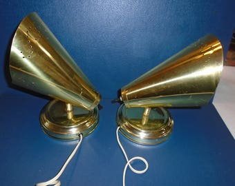 Mid century brass wall lights. wall sconce lights. Brass lights. Reading lamp. Mid century lamps. wall lamp