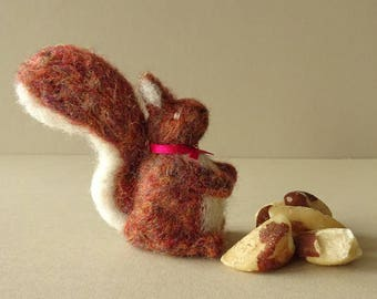 Red Squirrel | Woodland Animal Needle Felted Squirrel | Christmas Tree Ornament | Needle Felted Wild Animal | Felt Squirrel Miniature