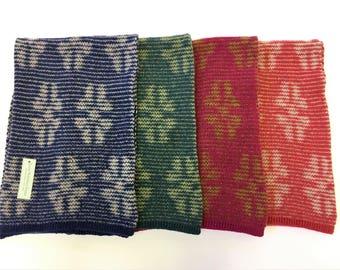 Lofty, Snowflake scarf