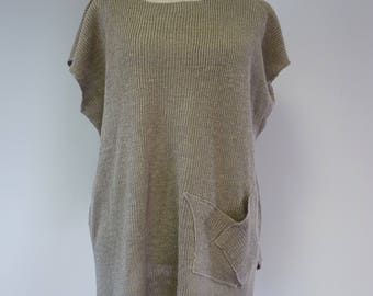 The hot price, taupe linen blouse, XL size. Made of pure linen.
