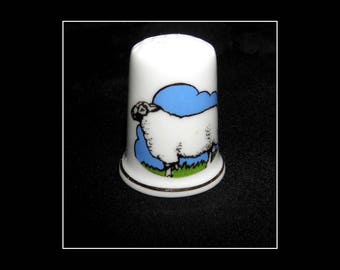 Vintage Porcelain Thimble Birchcroft Fine Bone China Made in Gr Britain Sheep Nr3