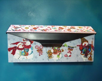 Snowmen Wall mounted Mailbox Cover