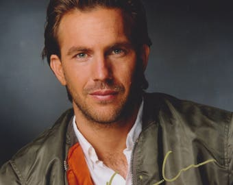 Kevin Costner Original Vintage Hand Signed 8X10 Autographed Photo