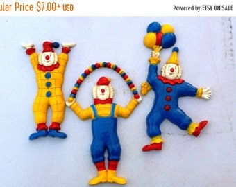 SALE 25% OFF Vintage Wall Hanging with Circus Clowns, Wall Hanging by Homco, 70s Wall Hanging, Homco Wall Hanging, Clown Decoration, Kids Ro