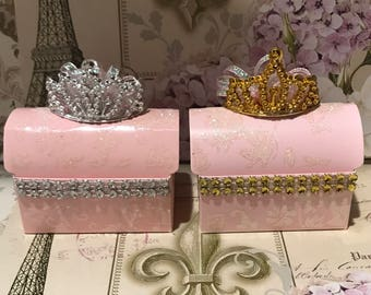 Party favors,princess theme party favors,candy boxes,party favor box,tiaras,recuerdos,dulceros,girl party favors,princess baby shower