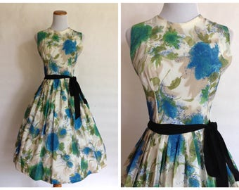 1950s Floral Dress, 1950s Dress, Vintage 50s Floral Dress, 1950s Small Dress, 1950s blue dress, 1950s blue rose, Dress, 1950s Rose Dress