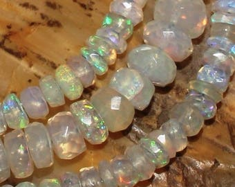 10 beads 2.5 - 4 mm faceted fire opal