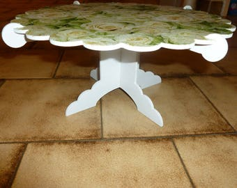 Round tray with rounded edge